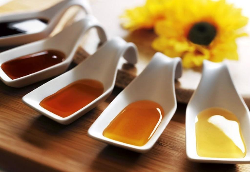 ویژگی های شیمیایی و فیزیکی عسل چیست؟